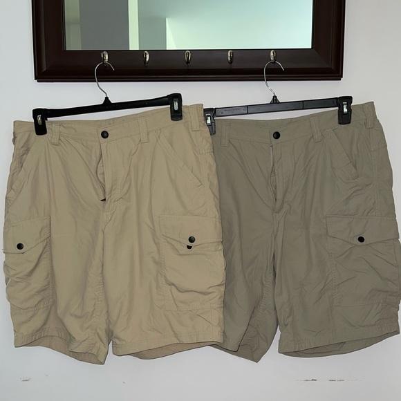 Set of 2 Duluth Trading Men's Shorts